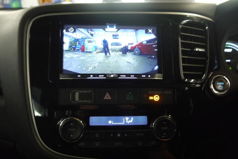 Gallery - Mitsubishi Outlander Pioneer F88DAB Navigation System