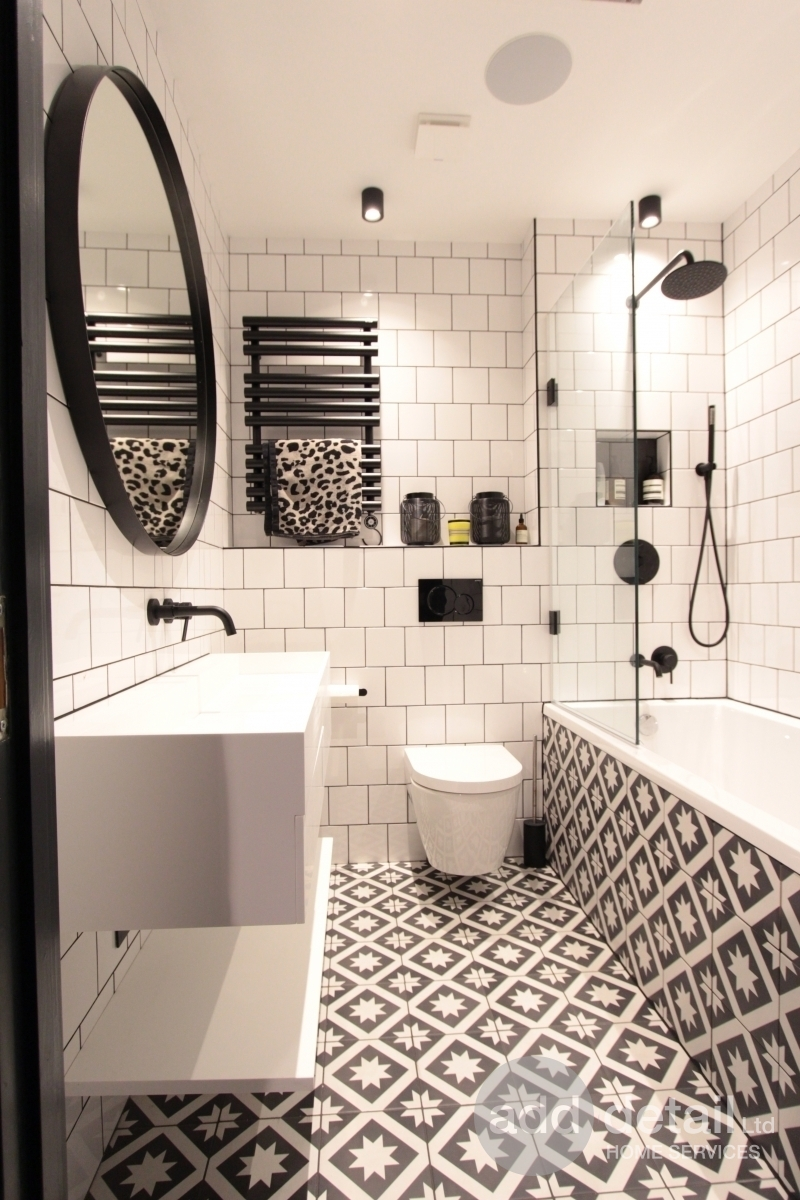Black and white contrast bathroom refurbishment in Hackney - Central London - London