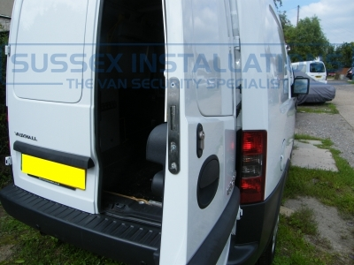 Vauxhall - Corsa/Combovan - Combo - (2001 - 2011) - Deadlocks - Online Shop & Worldwide Delivery - Sussex - London & The South East