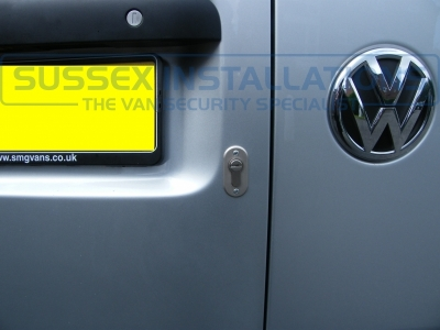 VW - Caddy Van - Caddy (2010 - 2015) 2k Facelift 1  (null/201) - Sussex Installations T SERIES VAN DEADLOCKS GENERAL - Online Shop & Worldwide Delivery - Sussex - London & The South East