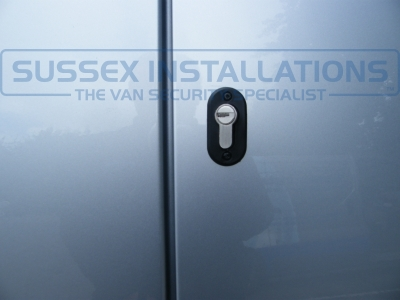 VW - Caddy Van - Caddy (2010 - 2015) 2k Facelift 1  - Sussex Installations T SERIES VAN DEADLOCKS GENERAL - Online Shop & Worldwide Delivery - Sussex - London & The South East