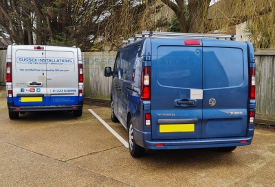 Vauxhall Vivaro (2016) Gold Package - Sussex Installations VAU5-GP-1S-RB-D - Online Shop & Worldwide Delivery - Sussex - London & The South East