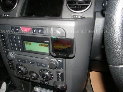 Land Rover - Discovery - Series 3 05-09 - Parrot MKi9200 - MANCHESTER - GREATER MANCHESTER
