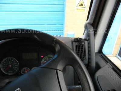 Iveco EuroCargo 2009 Parrot CK3000EVO Bluetooth Handsfree - Parrot CK3000 - MANCHESTER - GREATER MANCHESTER