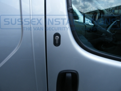 Vauxhall - Vivaro - Vivaro (2011 - 2014) - Deadlocks - Online Shop & Worldwide Delivery - Sussex - London & The South East