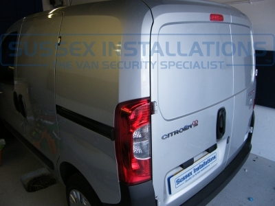 Citroen - Nemo - Nemo - (2008 On) (null/nul) - Sussex Installations T SERIES DEADLOCKS - CITROEN  - Online Shop & Worldwide Delivery - Sussex - London & The South East