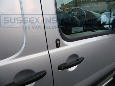 Citroen - Dispatch - Dispatch (2007 -  2017) (11/2013) - Sussex Installations T SERIES VAN DEADLOCKS GENERAL - Online Shop & Worldwide Delivery - Sussex - London & The South East