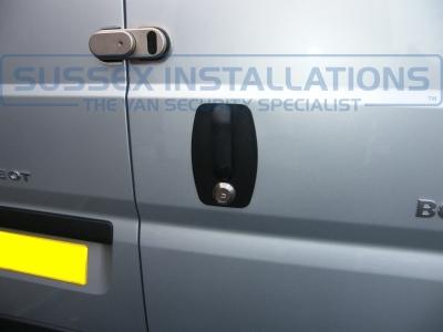 Peugeot - Boxer - Boxer - (2012 - On) - Locks 4 Vans ULTIMATE VAN LOCK - Online Shop & Worldwide Delivery - Sussex - London & The South East