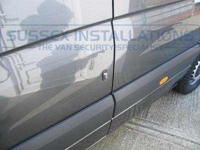 Mercedes - Sprinter - Sprinter (2006 - 2013) W906 (null/201) - Sussex Installations T SERIES VAN DEADLOCKS GENERAL - Online Shop & Worldwide Delivery - Sussex - London & The South East
