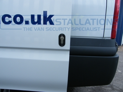 Ford - Transit - Transit MK7 (07-2014) (12/2012) - Sussex Installations T SERIES VAN DEADLOCKS GENERAL - Online Shop & Worldwide Delivery - Sussex - London & The South East