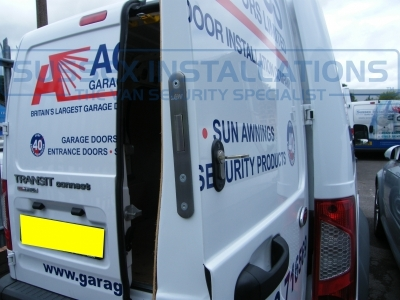Ford - Transit Connect - Connect (2002 - 2009) (null/201) - Sussex Installations T SERIES VAN DEADLOCKS GENERAL - Online Shop & Worldwide Delivery - Sussex - London & The South East