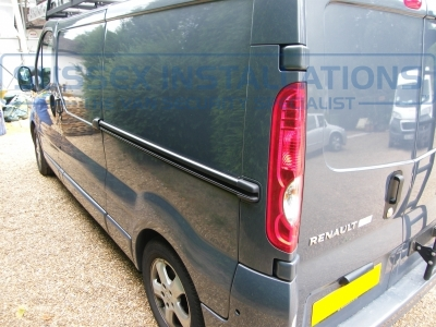 Renault - Trafic - Traffic - (2006 - 2014) (null/201) - Sussex Installations REN1-SH TRAFFIC SLAM HANDLE - Online Shop & Worldwide Delivery - Sussex - London & The South East