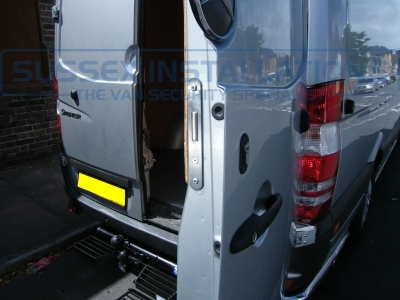 Mercedes - Sprinter - Sprinter (2006 - 2013) W906 - Sussex Installations T SERIES VAN DEADLOCKS GENERAL - Online Shop & Worldwide Delivery - Sussex - London & The South East