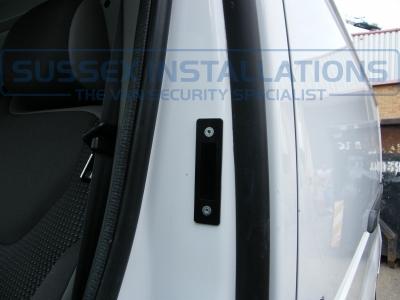 Vauxhall - Vivaro - Vivaro (2011 - 2014) - Sussex Installations T SERIES VAN DEADLOCKS GENERAL - Online Shop & Worldwide Delivery - Sussex - London & The South East