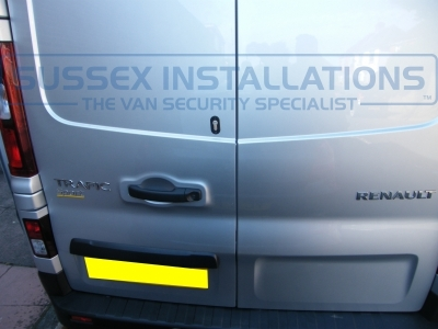 Renault - Trafic - Trafic (2014 - ON) - Sussex Installations T SERIES VAN DEADLOCKS GENERAL - Online Shop & Worldwide Delivery - Sussex - London & The South East