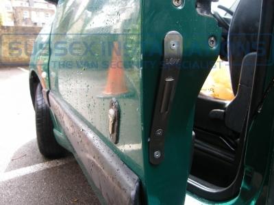 Peugeot - Partner - Partner - (2001 - 2007) - Sussex Installations T SERIES VAN DEADLOCKS GENERAL - Online Shop & Worldwide Delivery - Sussex - London & The South East