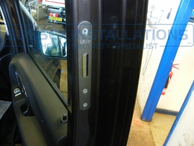 Mercedes - Vito / Viano - Vito/Viano (2015 - ON) W447 - Deadlocks - Online Shop & Worldwide Delivery - Sussex - London & The South East