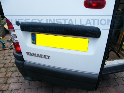 Renault - Master - Master - (2005 - 2010) - Sussex Installations T SERIES VAN DEADLOCKS GENERAL - Online Shop & Worldwide Delivery - Sussex - London & The South East