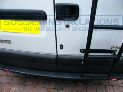 Renault Master 2005 - T Series Load Area Deadlocks - Locks 4 Vans T SERIES VAN DEADLOCKS GENERAL - Online Shop & Worldwide Delivery - Sussex - London & The South East