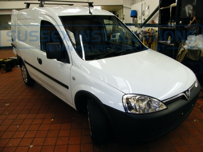 Vauxhall - Corsa/Combovan - Combo - (2001 - 2011) - Sussex Installations T SERIES VAN DEADLOCKS GENERAL - Online Shop & Worldwide Delivery - Sussex - London & The South East