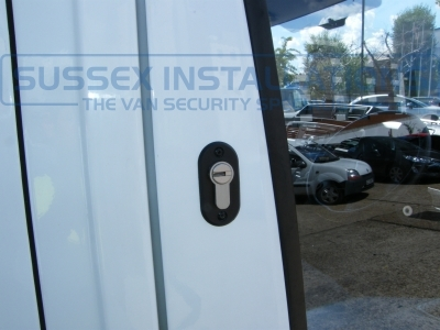 Drivers door deadlock. - Ford - Transit - Transit MK7 (07-2014) - Sussex Installations T SERIES VAN DEADLOCKS GENERAL - Online Shop & Worldwide Delivery - Sussex - London & The South East