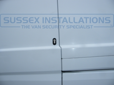 Mercedes - Vito / Viano - Vito/Viano (2004 - 2015) W639 - Sussex Installations T SERIES VAN DEADLOCKS GENERAL - Online Shop & Worldwide Delivery - Sussex - London & The South East