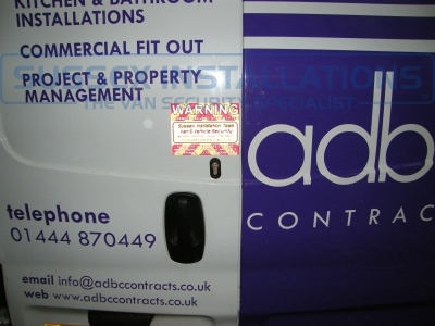 Renault - Trafic - Traffic - (2006 - 2014) (null/201) - Sussex Installations T SERIES VAN DEADLOCKS GENERAL - Online Shop & Worldwide Delivery - Sussex - London & The South East