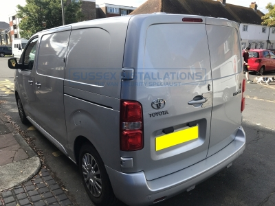Toyota - Proace - Proace (2017 - On) (null/nul) - Sussex Installations TOY9-GP-1S-RB-D - Online Shop & Worldwide Delivery - Sussex - London & The South East