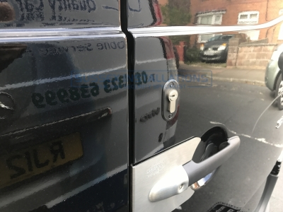 Mercedes - Sprinter - Sprinter (2014 - 2018) W906 Facelift - Sussex Installations T SERIES DEADLOCKS - MERCEDES - Online Shop & Worldwide Delivery - Sussex - London & The South East