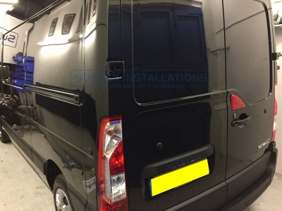 Vauxhall Movano 2016 - Deadlock Installation - Locks 4 Vans T SERIES VAN DEADLOCKS GENERAL - Online Shop & Worldwide Delivery - Sussex - London & The South East