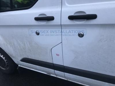 Ford - Transit - Custom (2013 - 2018) (04/2014) - Locks 4 Vans T SERIES VAN SLAMLOCKS - Online Shop & Worldwide Delivery - Sussex - London & The South East