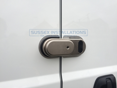 Peugeot - Boxer - Boxer - (2012 - On) (null/201) - Peugeot Boxer 2016 - Courier Slamlock, Ultimate & Slamhandle - Online Shop & Worldwide Delivery - Sussex - London & The South East