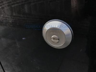 Ford - Transit - Custom (2013 - 2018) - Locks 4 Vans T SERIES VAN SLAMLOCKS - Online Shop & Worldwide Delivery - Sussex - London & The South East