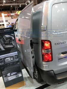 Peugeot expert 2017 - Commercial Vehicle Show - New 2017 Van Models - Online Shop & Worldwide Delivery - Sussex - London & The South East