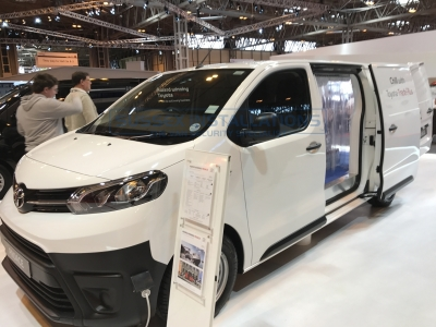 Commercial Vehicle Show - New 2017 Van Models - Online Shop & Worldwide Delivery - Sussex - London & The South East
