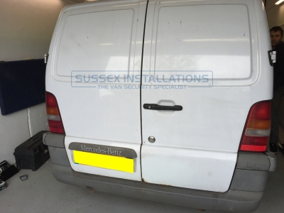 Mercedes - Vito / Viano - Vito/Viano (1996 - 2004) W638 - Locks 4 Vans T SERIES VAN SLAMLOCKS - Online Shop & Worldwide Delivery - Sussex - London & The South East