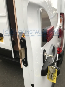 Vauxhall - Movano - Movano - (2010 on) - Sussex Installations T SERIES VAN DEADLOCKS GENERAL - Online Shop & Worldwide Delivery - Sussex - London & The South East