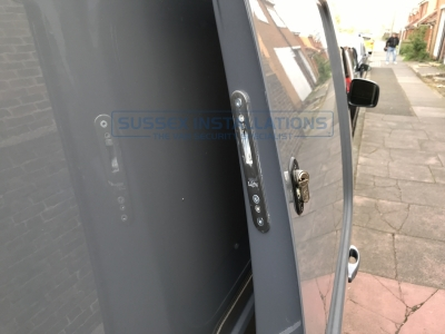 VW - Caddy Van - Caddy (2015 - ON) 2k Facelift 2   (null/201) - Sussex Installations T SERIES DEADLOCKS - VW CADDY - Online Shop & Worldwide Delivery - Sussex - London & The South East