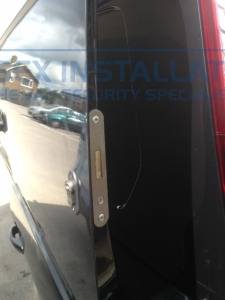 Ford - Transit Connect - Sussex Installations T SERIES VAN DEADLOCKS GENERAL - Online Shop & Worldwide Delivery - Sussex - London & The South East