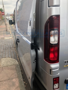 Renault - Trafic - Trafic (2014 - ON) - Sussex Installations T SERIES DEADLOCKS - RENAULT - Online Shop & Worldwide Delivery - Sussex - London & The South East