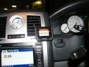Chrysler 300 Parrot MKI9200 Bluetooth Handsfree Car Kit - Parrot MKi9200 - EDINBURGH - LOTHIAN