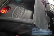 Land Rover - Defender - Audio - Bovinger - ESSEX