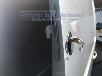Sussex Installations T SERIES DEADLOCKS - VAUXHALL Sussex - London & The South East