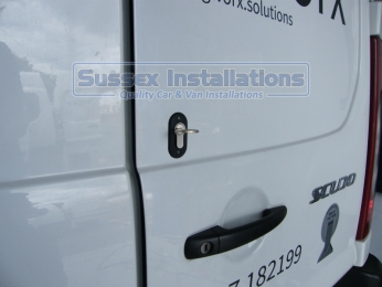 Sussex Installations T SERIES DEADLOCKS - FIAT Sussex - London & The South East