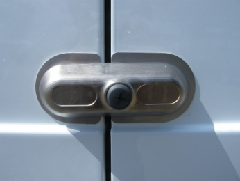 Locks 4 Vans Ultimate  Van Lock Surface mounted high security Van Slamlock or Deadlock WEST YORKSHIRE
