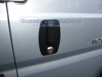 Sussex Installations PE2-SH PEUGEOT BOXER  SLAM HANDLE Slam handle metal replacement for the original plastic Peugeot Boxer Handle with slamlock London