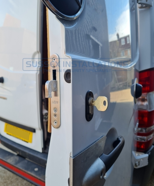Sussex Installations T SERIES DEADLOCKS - MERCEDES SPRINTER - (2006 - 2018) Mercedes Sprinter 2006  2018 T Series deadlocks Sussex - London & The South East